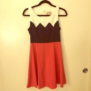 Colorblocking chevron sun dress